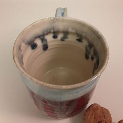 Stoneware mug, medium-sized cup, interior view