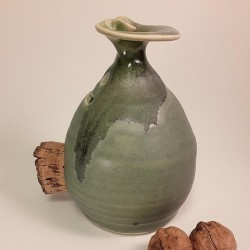 Piggy -phantom- bank with cork navel, right side view