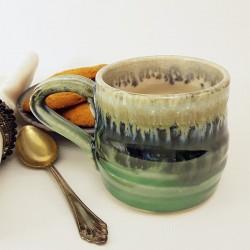 Taza de espresso de gres, vista izquierda
