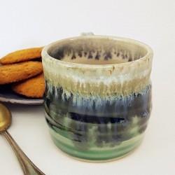 Taza de espresso de gres, vista posterior