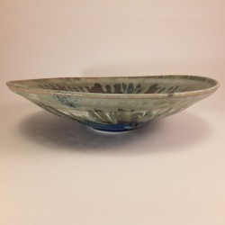 Midsize porcelain bowl, front view