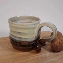 Taza de espresso de gres, vista derecha