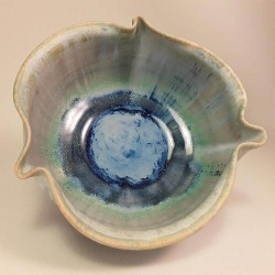 Small porcelain bowl, interior view