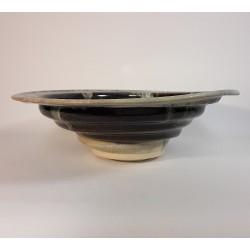 Cuenco mediano de porcelana, vista lateral