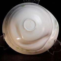 Cuenco ancho de porcelana, vista inferior