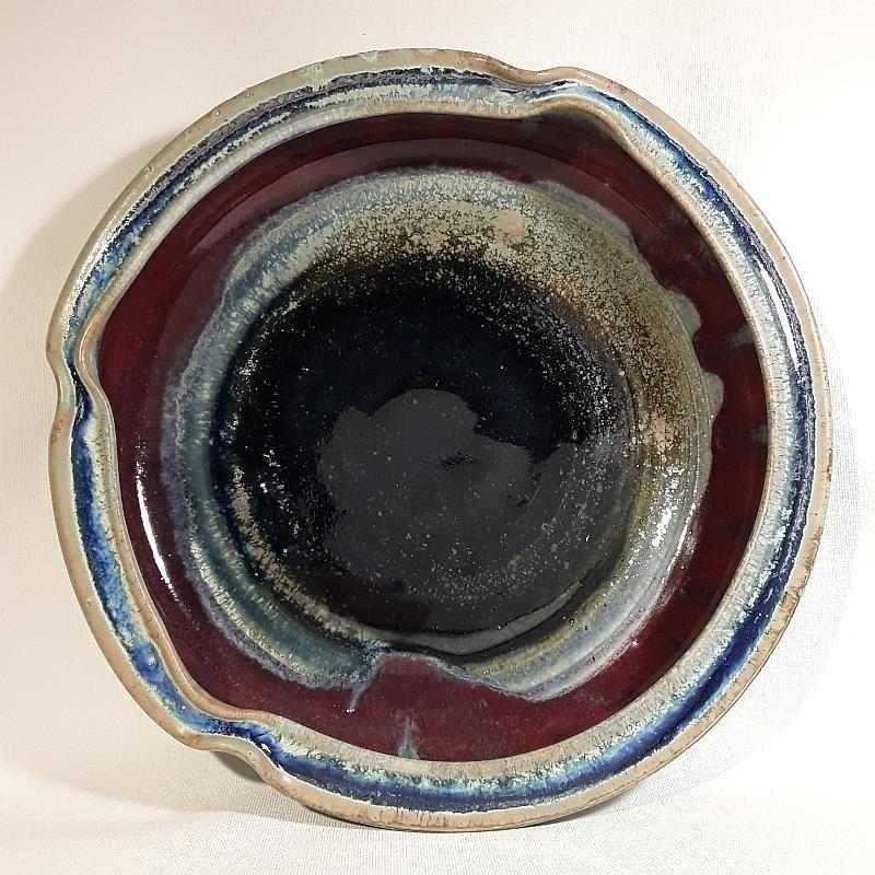 Shallow bowl or deep dish, interior view